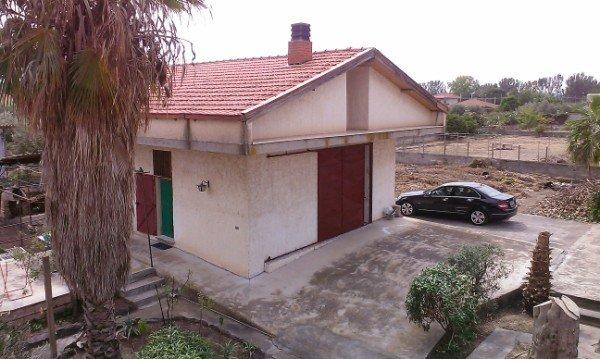A Catania Villa  in Vendita