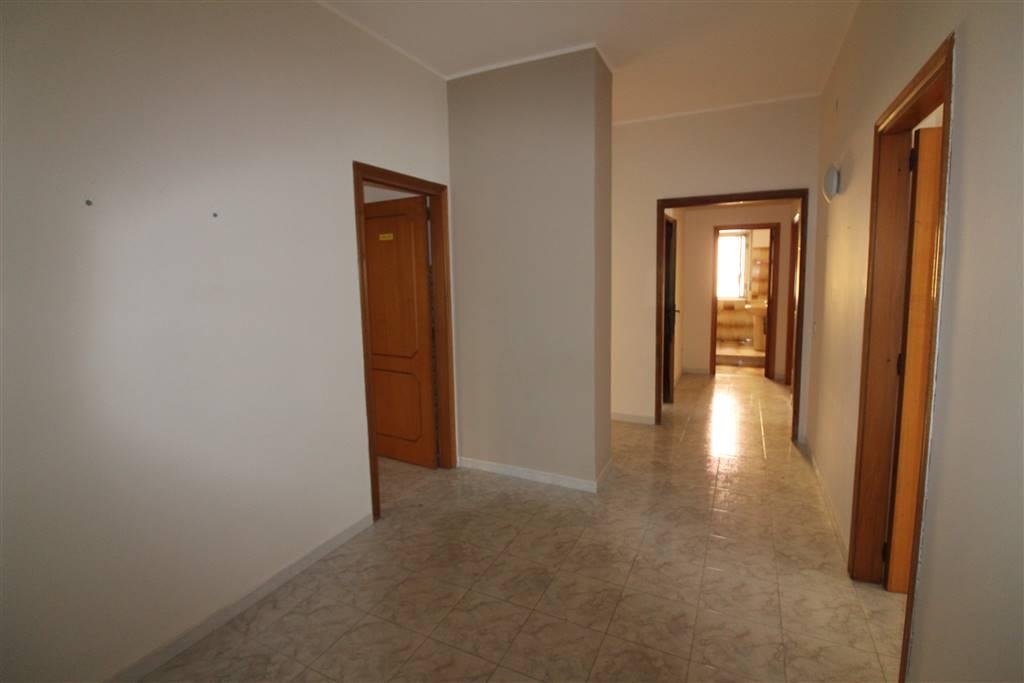 Appartamento in vendita a Lentini, 4 locali, prezzo € 93.000 | CambioCasa.it