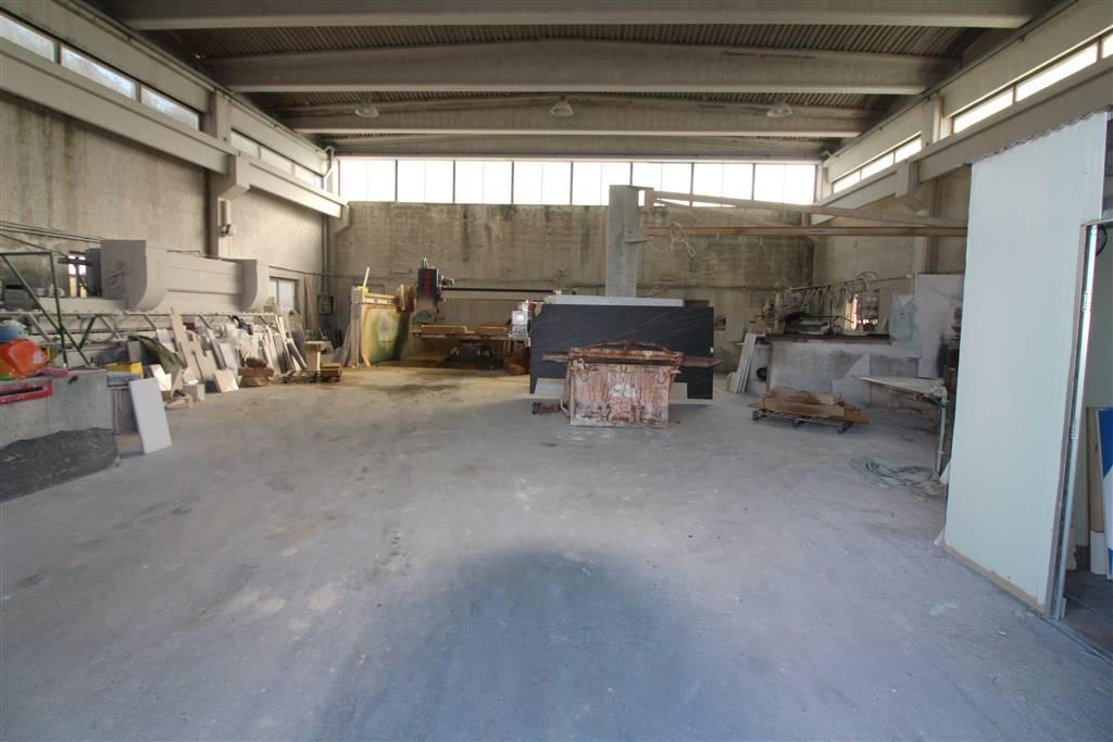Capannone in vendita a Carlentini, 9999 locali, prezzo € 280.000 | CambioCasa.it