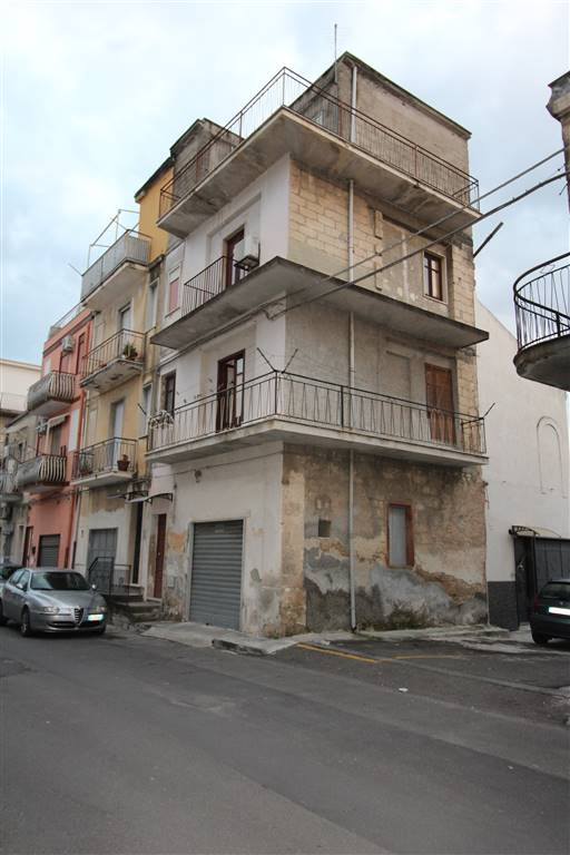 Soluzione Indipendente in vendita a Lentini, 3 locali, zona Località: MACELLO, prezzo € 35.000 | CambioCasa.it
