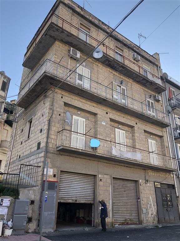 Soluzione Semindipendente in vendita a Lentini, 3 locali, zona Località: S.M. VECCHIA, prezzo € 60.000 | CambioCasa.it