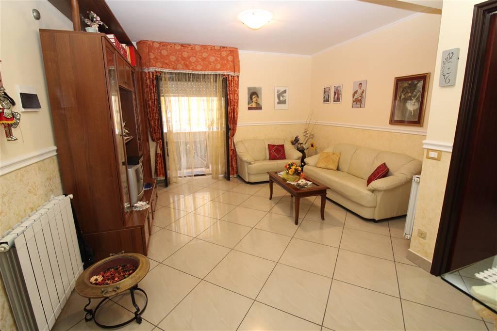 Appartamento in vendita a Lentini, 4 locali, zona Località: 167, prezzo € 60.000 | CambioCasa.it