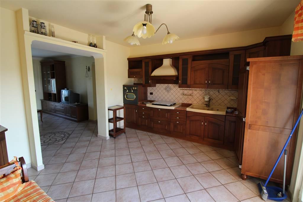 Appartamento in affitto a Lentini, 4 locali, zona Località: S. ANTONIO, prezzo € 430 | CambioCasa.it