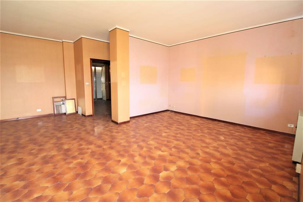 Appartamento in vendita a Lentini, 4 locali, zona Località: CRISTO RE, prezzo € 90.000 | CambioCasa.it