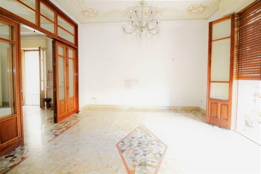 Soluzione Semindipendente in affitto a Lentini, 5 locali, zona Località: CAMPO SPORTIVO, prezzo € 380 | CambioCasa.it