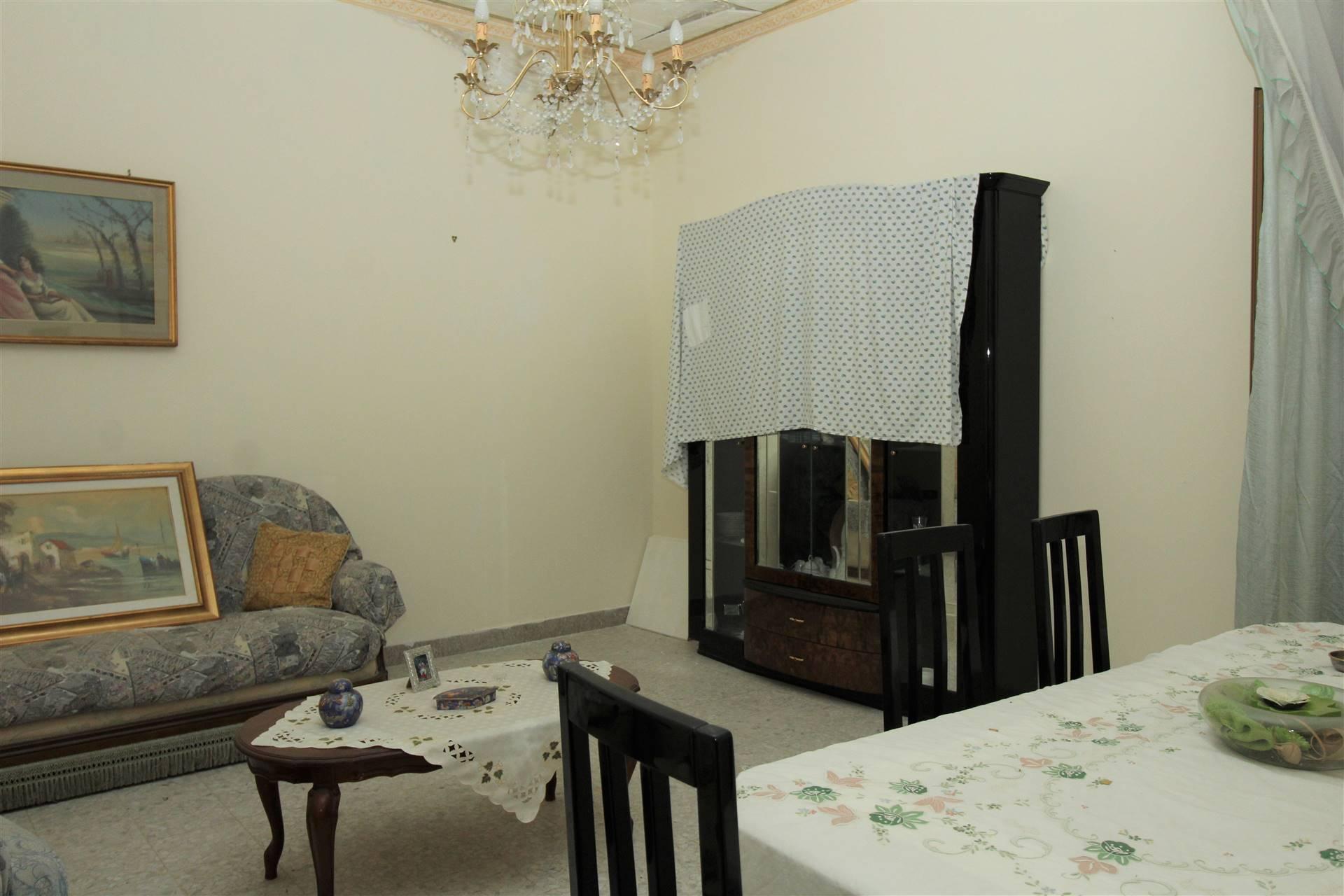 Soluzione Semindipendente in vendita a Lentini, 3 locali, zona Località: P.ZZA DUOMO, prezzo € 45.000 | CambioCasa.it