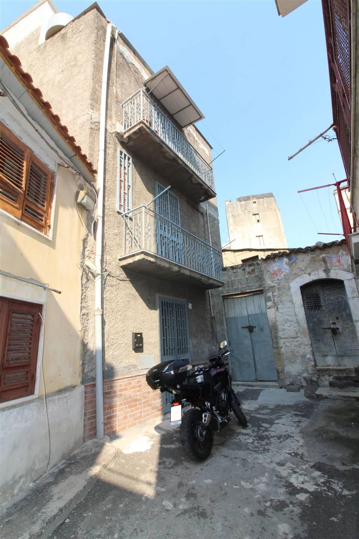 Casa singolaaLENTINI