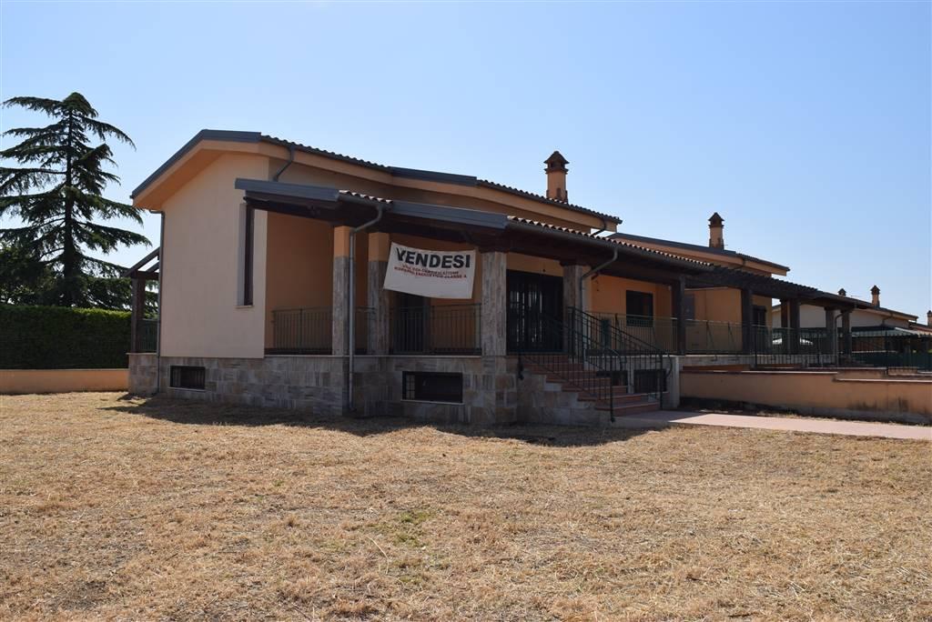 Villa, Fiano Romano, in nuova costruzione