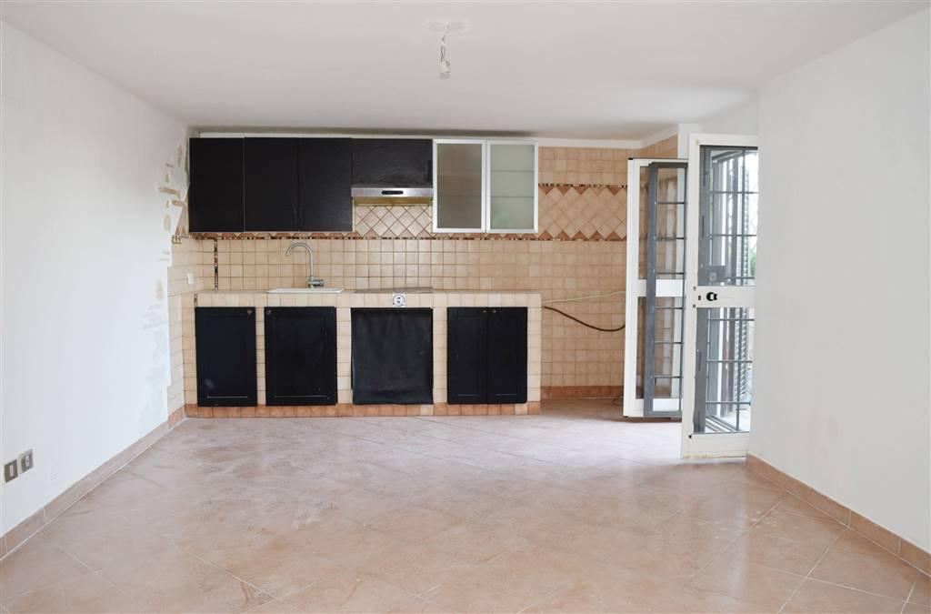 Appartamento in vendita a Capena, 3 locali, zona Località: COLLE DEL FAGIANO, prezzo € 49.000 | CambioCasa.it