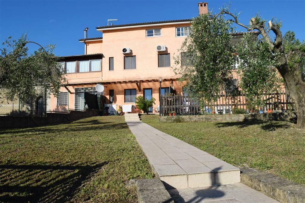 Appartamento in vendita a Fiano Romano, 4 locali, prezzo € 80.000 | CambioCasa.it