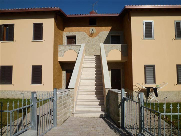 Appartamento in vendita a Capena, 3 locali, prezzo € 154.000   CambioCasa.it