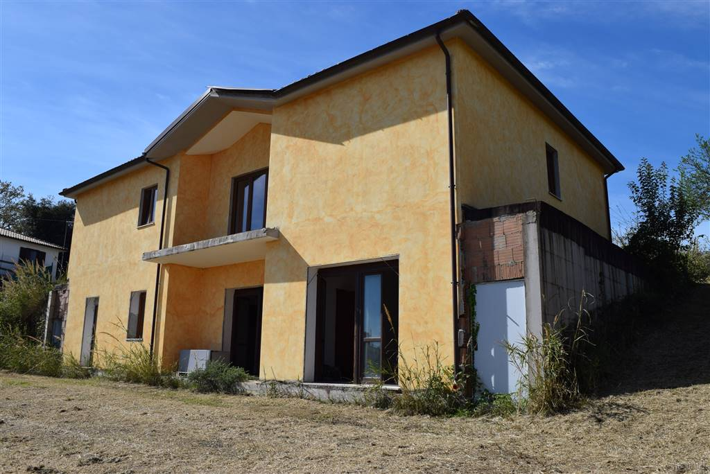 Villa in vendita a Torrita Tiberina, 5 locali, prezzo € 155.000 | CambioCasa.it