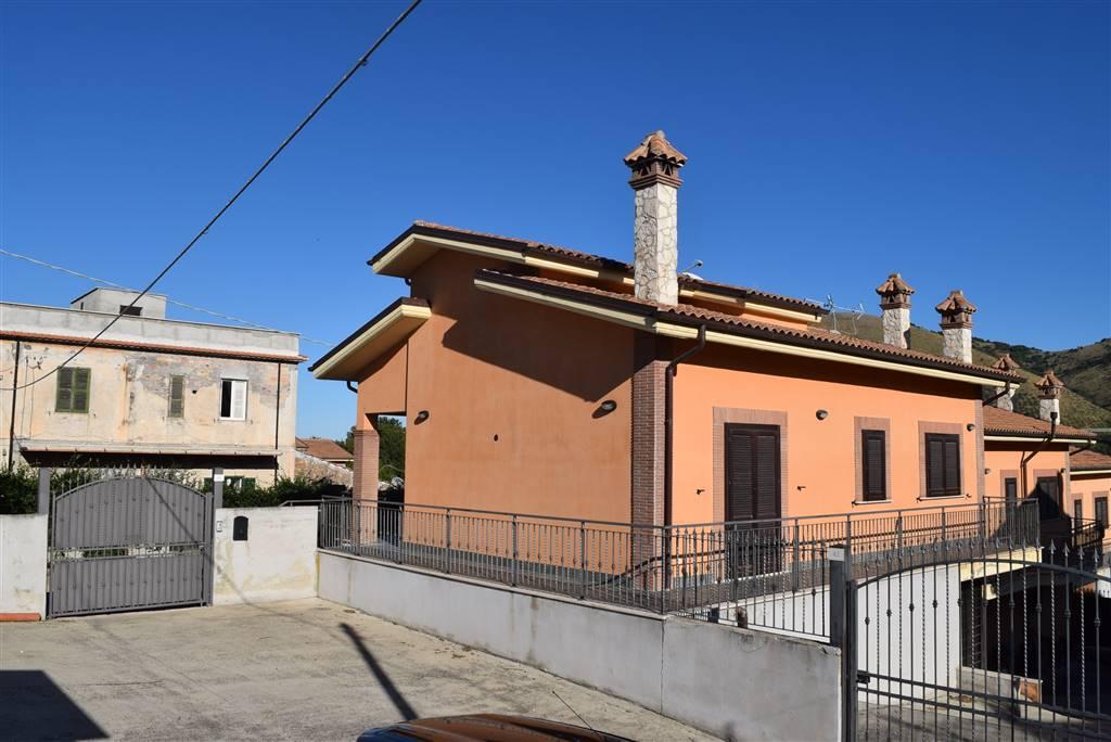 Villino in Strada Provinciale 28a 44, Nerola