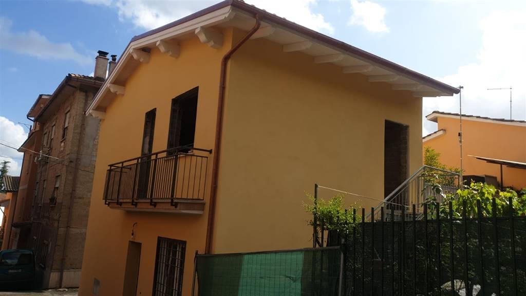 Appartamento in vendita a Capena, 2 locali, prezzo € 89.000 | CambioCasa.it