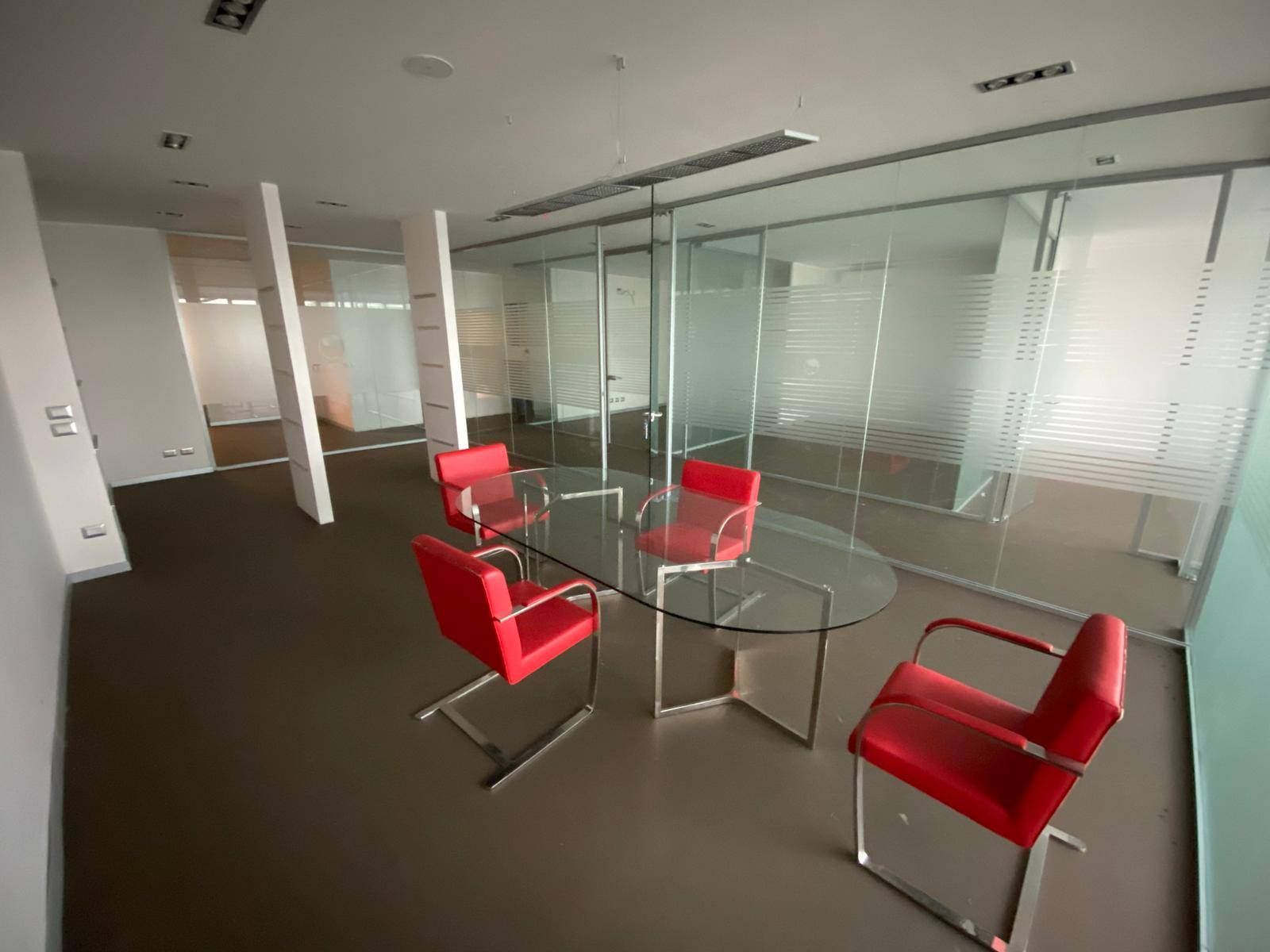 Ufficio / Studio in vendita a Formello, 5 locali, prezzo € 199.000   CambioCasa.it