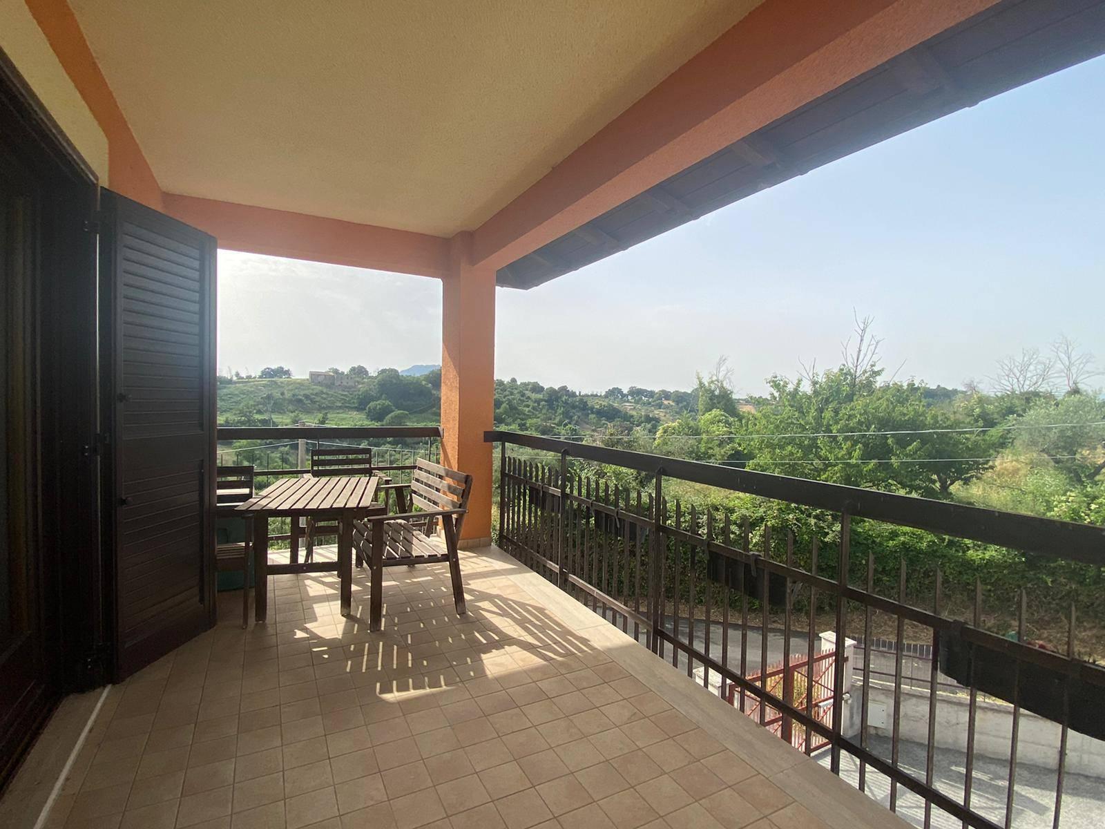 Appartamento in vendita a Civitella San Paolo, 2 locali, prezzo € 69.000   CambioCasa.it