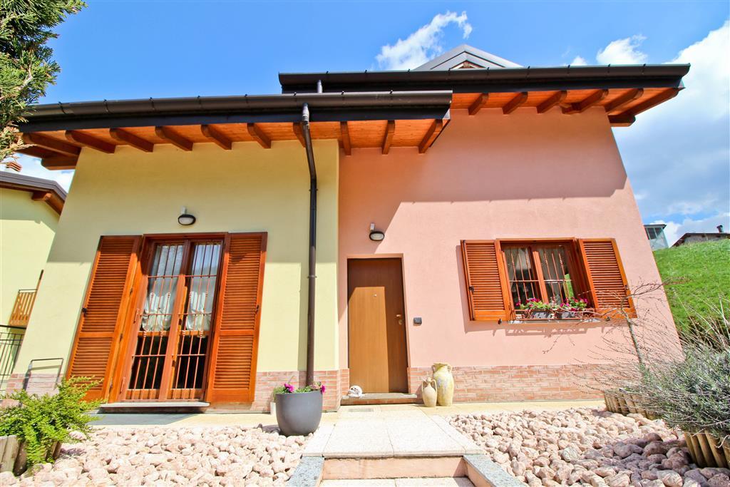 Villa in Via Casale Garabuso 49, Cremeno
