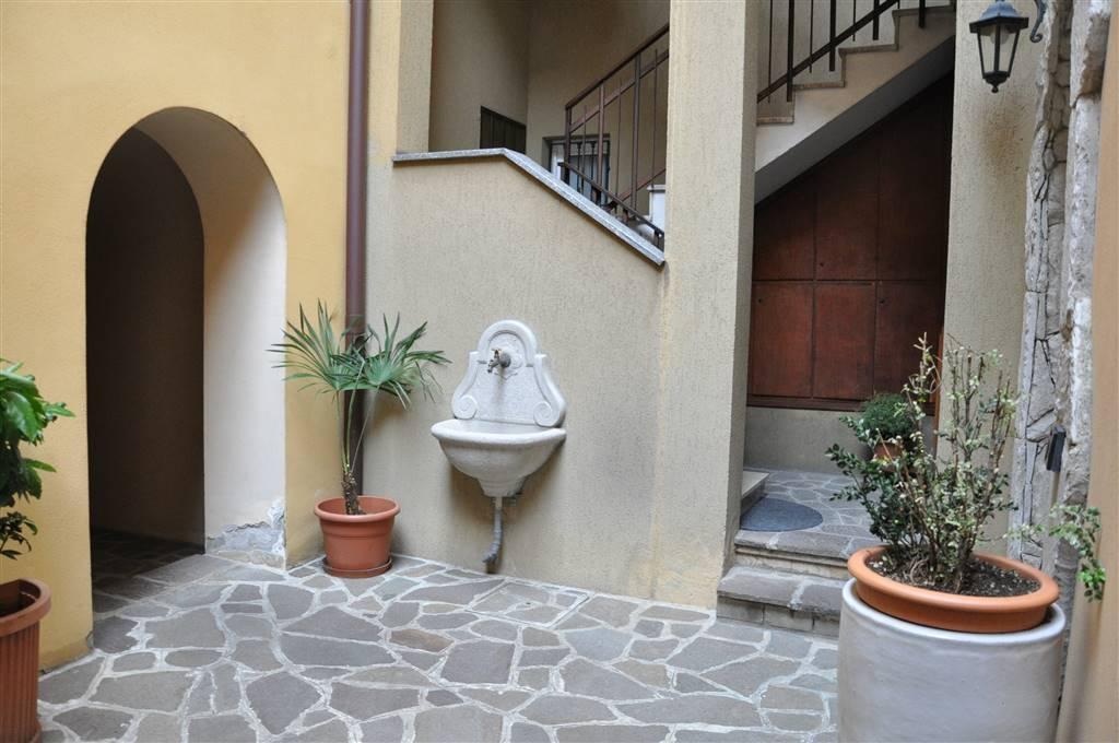 Appartamento, Centro, Lecco, in ottime condizioni