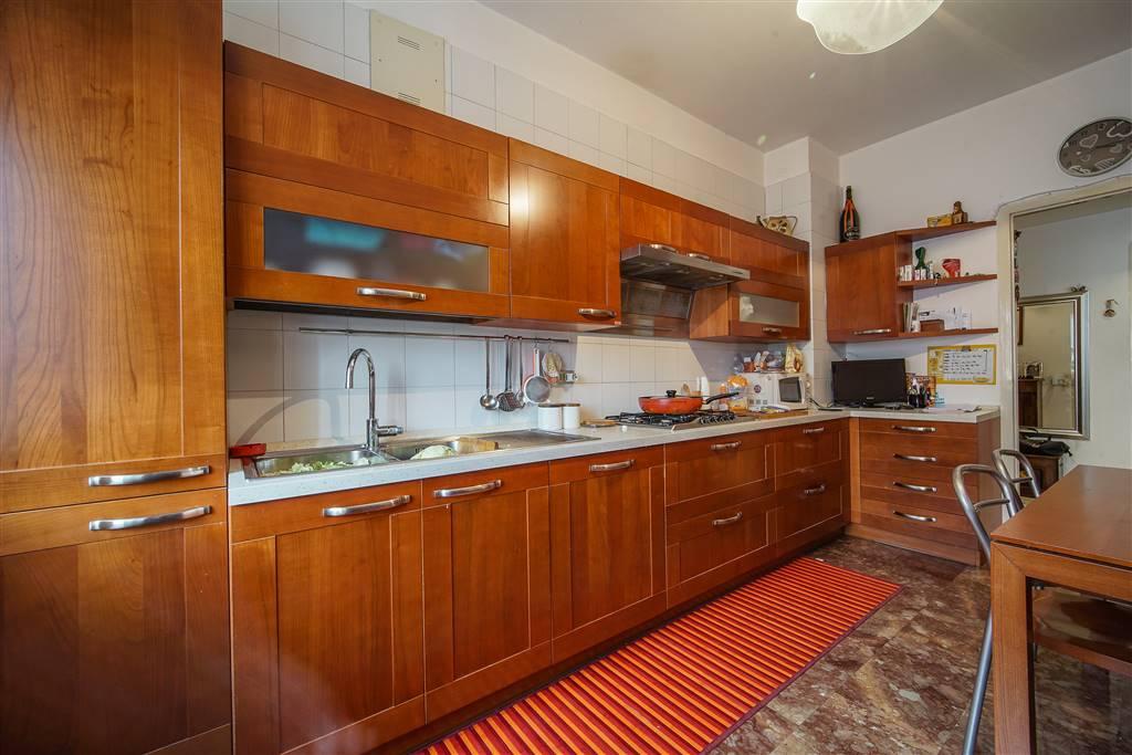 Appartamento in vendita a Olginate, 3 locali, prezzo € 99.000   CambioCasa.it