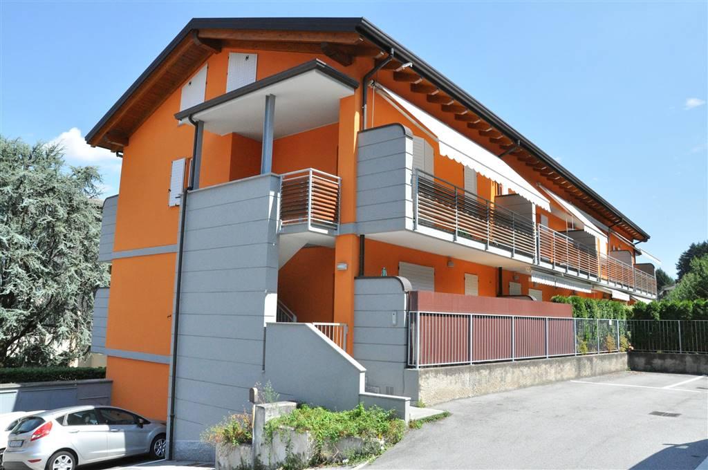 Appartement au GARLATE 110 Mq | 3 Locals - Garage