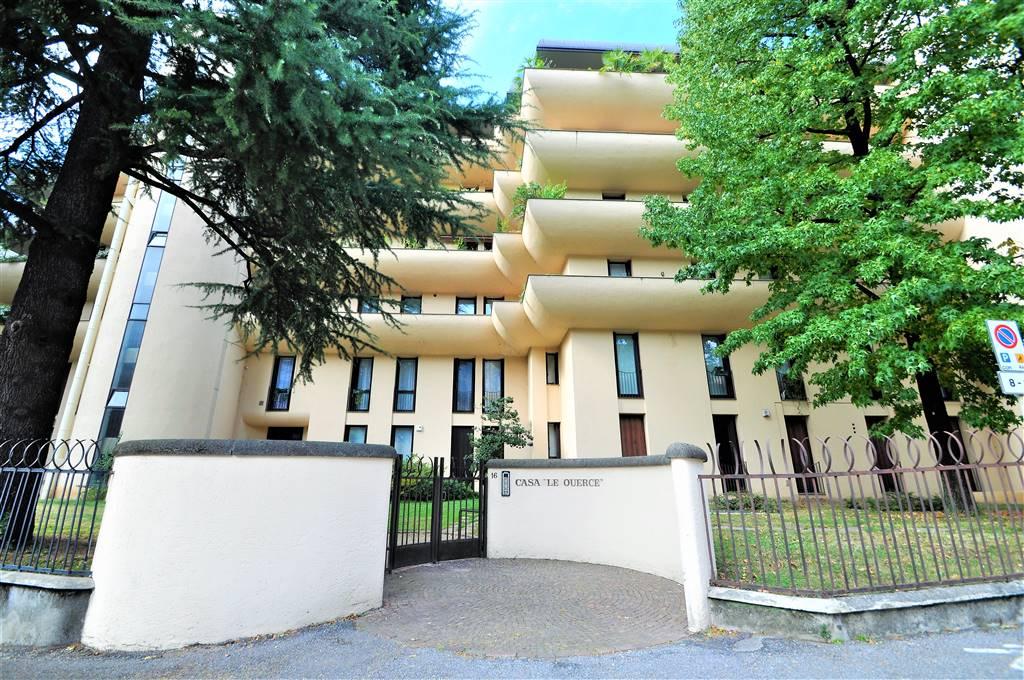 Appartamento a LECCO 285 Mq | 8 Vani | Giardino 3000 Mq