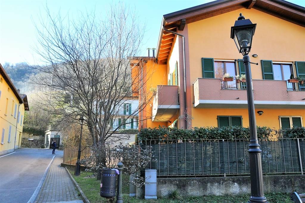 Villa a Schiera in vendita a Garlate, 5 locali, prezzo € 225.000   CambioCasa.it