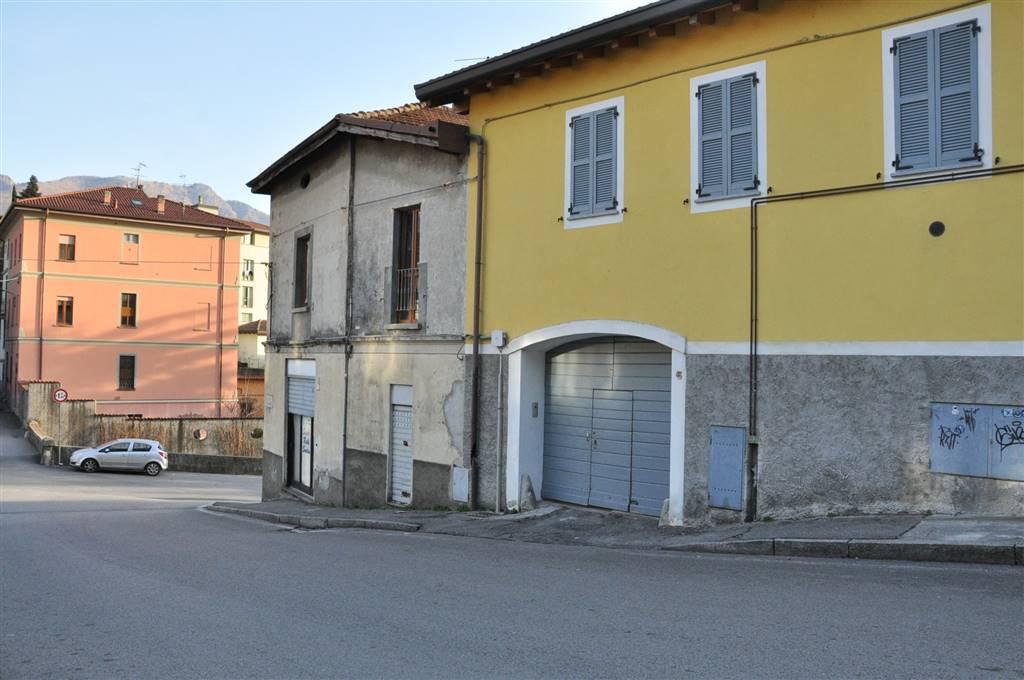 Negozio / Locale in vendita a Lecco, 3 locali, zona Zona: San Giovanni, prezzo € 53.000   CambioCasa.it