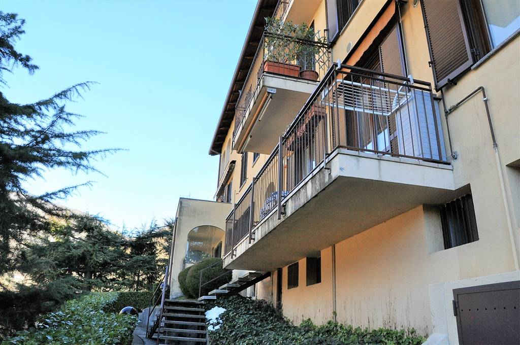 Bilocale in Via Valsecchi 108, San Giovanni, Lecco