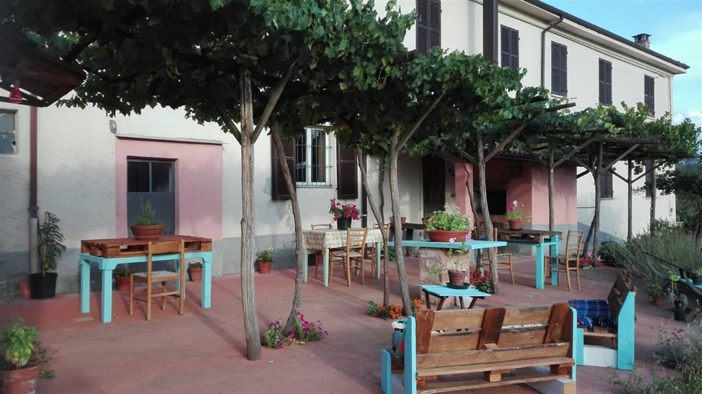 Villa, Spigno Monferrato