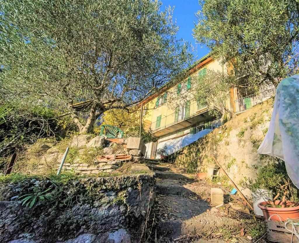 Casa singola in Via Ca Francoscio, Lecco