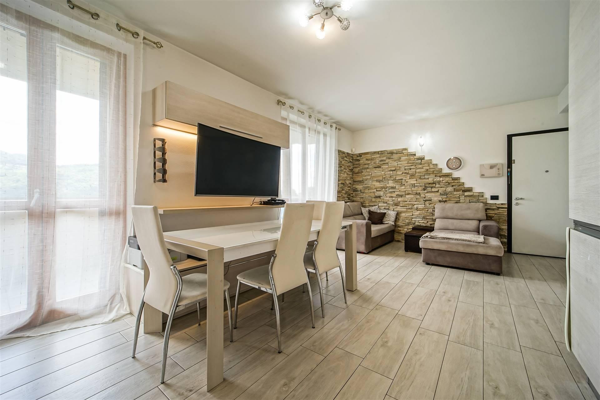 Appartamento in vendita a Olginate, 3 locali, prezzo € 199.000   CambioCasa.it