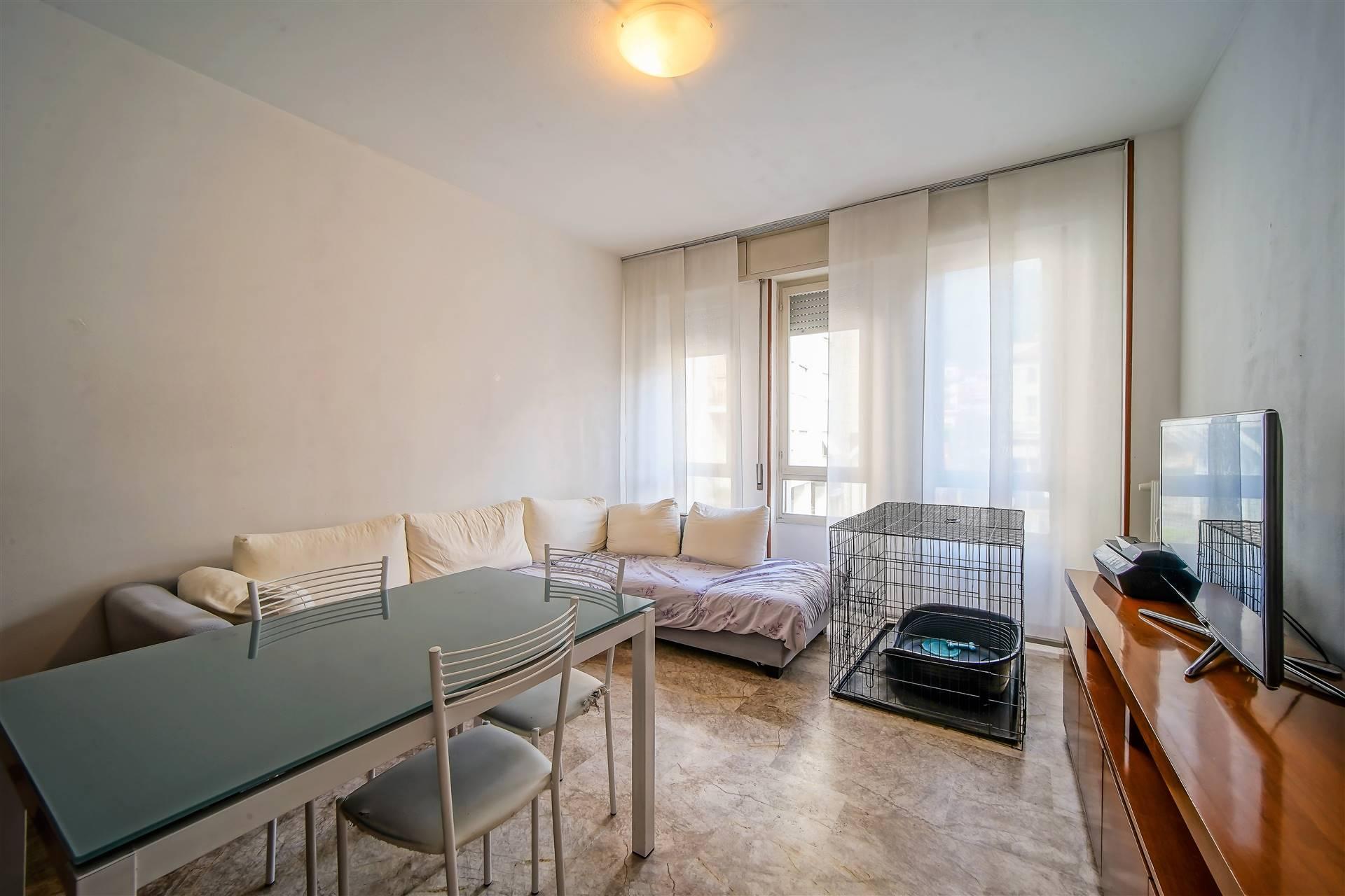 Appartamento in vendita a Calolziocorte, 3 locali, prezzo € 92.000 | CambioCasa.it