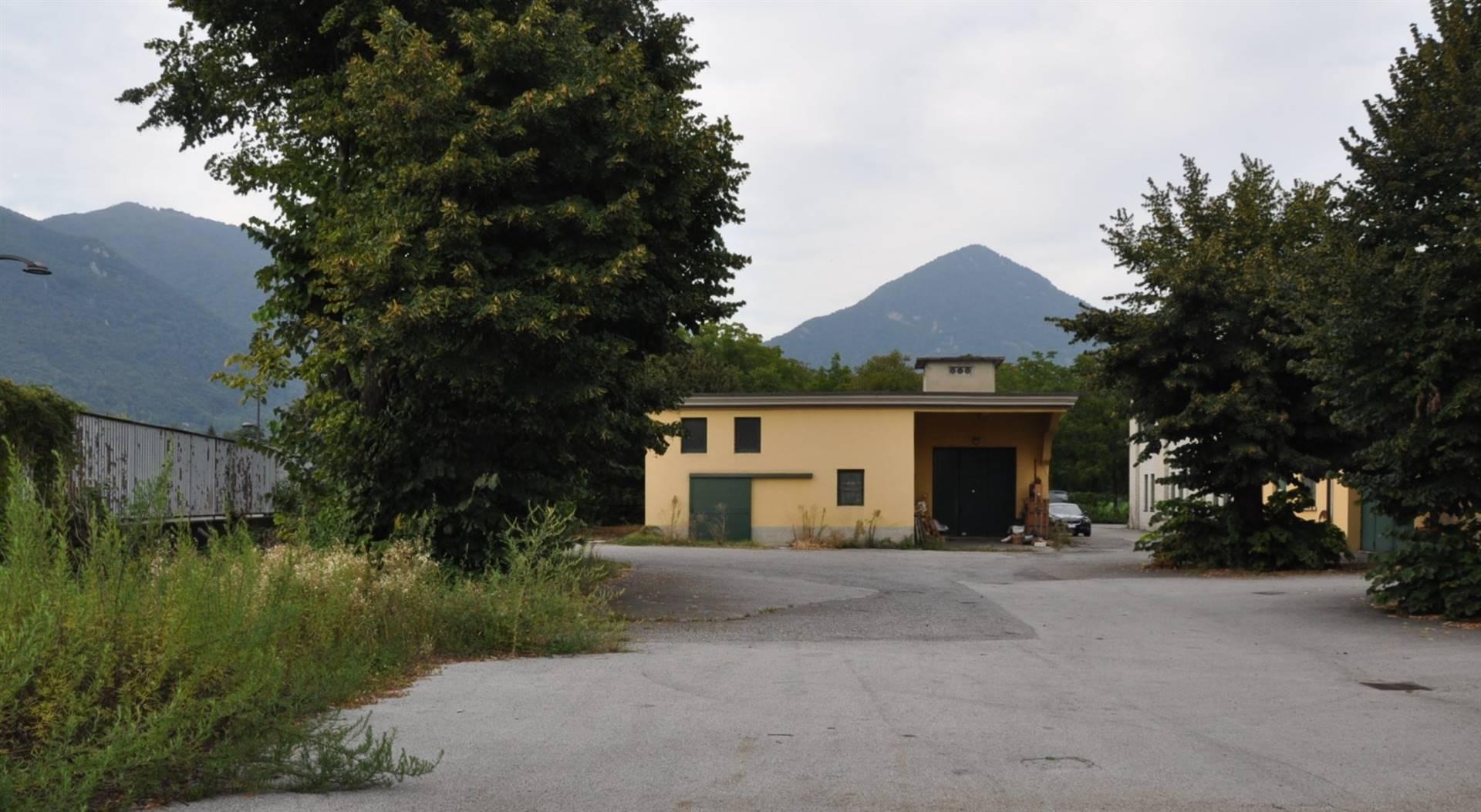 Laboratorio in affitto a Erba, 1 locali, prezzo € 2.000 | PortaleAgenzieImmobiliari.it