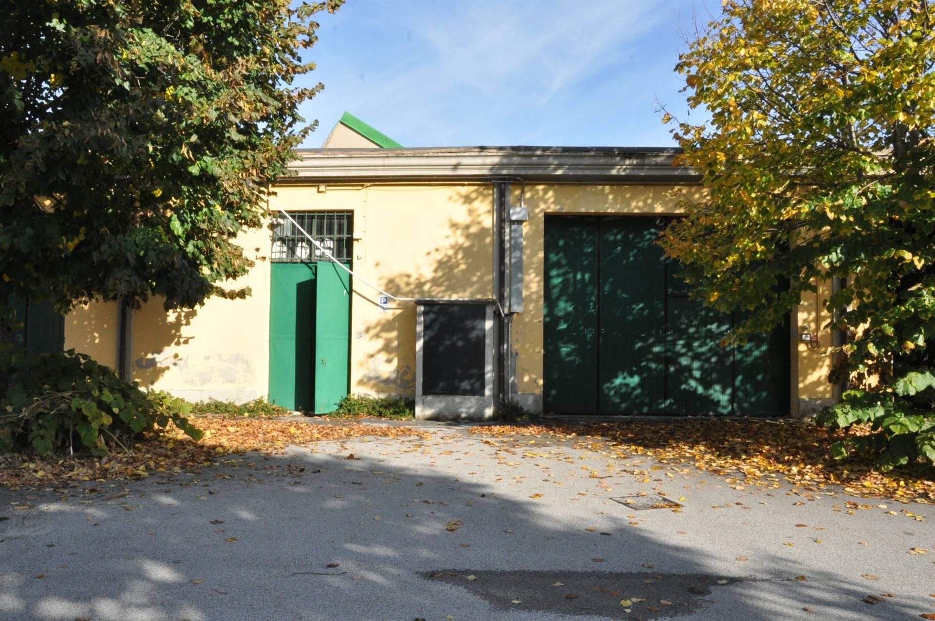 Capannone in affitto a Erba, 1 locali, prezzo € 4.750 | PortaleAgenzieImmobiliari.it