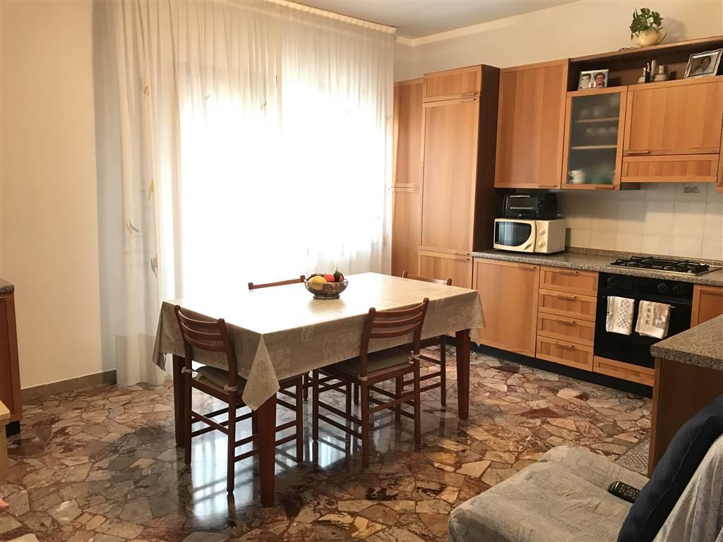 Rif. 2630 - CHIOGGIA a Borgo San Giovanni vendesi appartamento di 100 mq al quinto piano di una palazzina di sette piani, rivolto a Nord/ESt, dotato