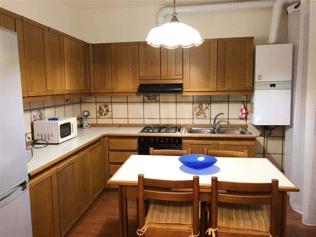 CHIOGGIA CENTRO, CHIOGGIA, Apartment for sale of 60 Sq. mt., Habitable, Heating Individual heating system, Energetic class: G, placed at 1° on 3,