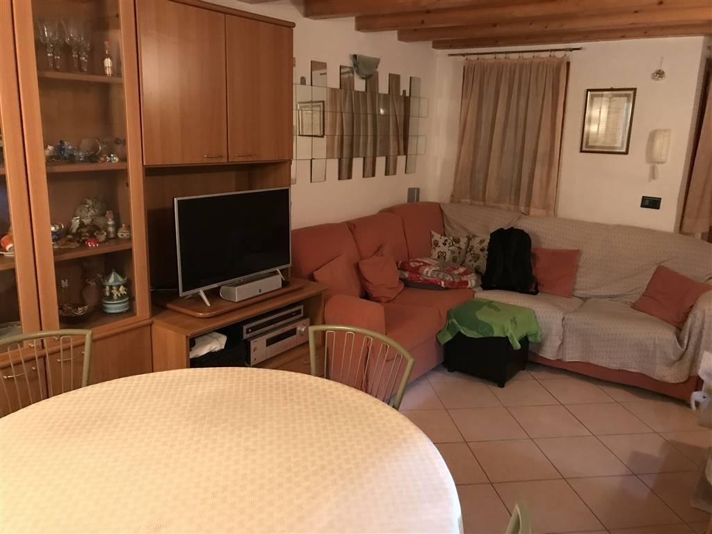 Rif. 2705 CHIOGGIA CENTRO STORICO - Casa Singola di circa 90 mq nel cuore del centro storico di Chioggia a due passi da Corso del Popolo, avente