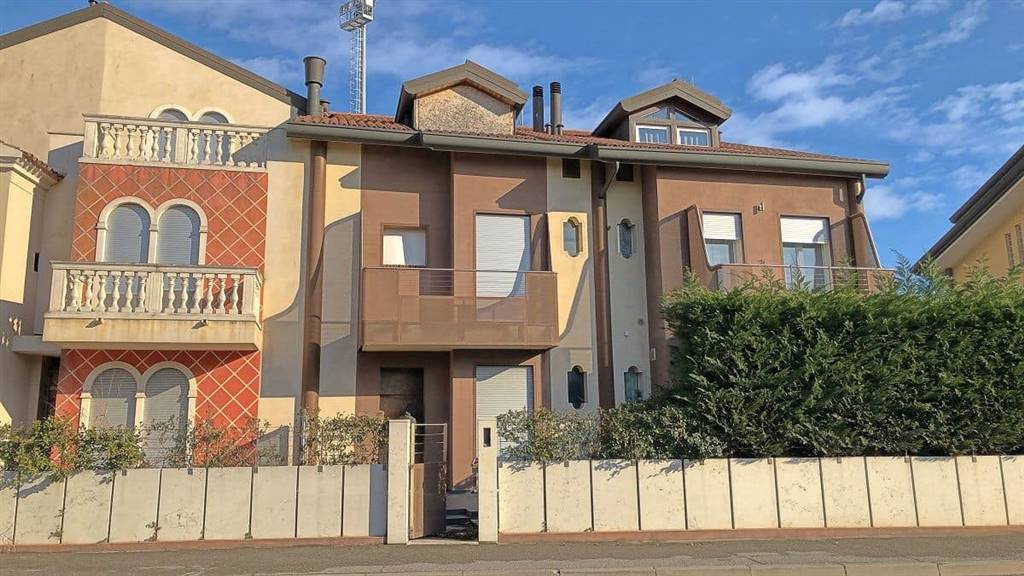 BORGO SAN GIOVANNI, CHIOGGIA, Terraced house for sale of 130 Sq. mt., New construction, Energetic class: G, composed by: 5 Rooms, Separate kitchen, ,