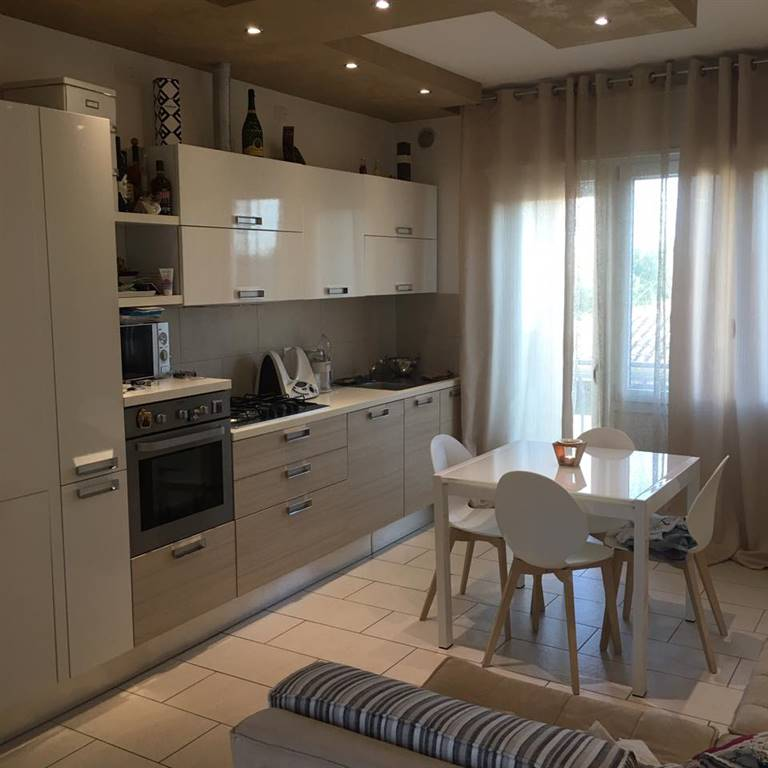 SOTTOMARINA, CHIOGGIA, Apartment for sale of 55 Sq. mt., Restored, Heating Individual heating system, Energetic class: G, placed at 4° on 4, composed