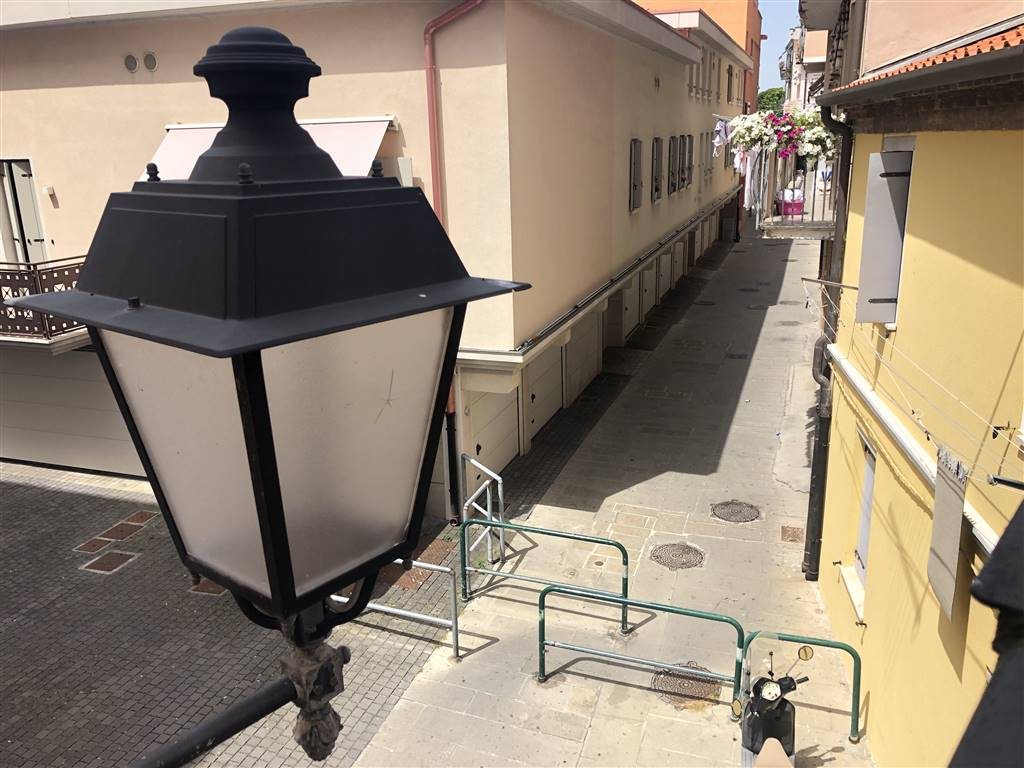 TOMBOLA, CHIOGGIA, Apartment for sale of 75 Sq. mt., Energetic class: G, Epi: 244 kwh/m2 year, placed at 1° on 5, composed by: 3.5 Rooms, Separate
