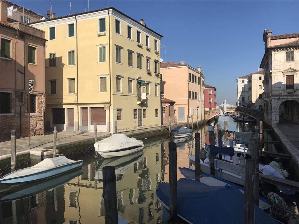 CHIOGGIA CENTRO, CHIOGGIA, Shop for sale of 90 Sq. mt., Energetic class: G, composed by: 3 Rooms, 1 Bathroom, Price: € 150,000