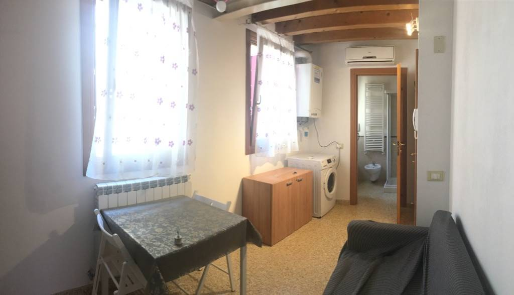 SOTTOMARINA, CHIOGGIA, Apartment for sale of 30 Sq. mt., Restored, Heating Individual heating system, Energetic class: G, placed at 1° on 2, composed