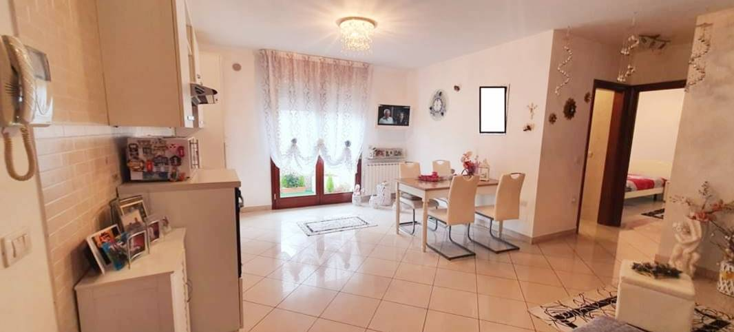 SOTTOMARINA, CHIOGGIA, Apartment for sale of 70 Sq. mt., Excellent Condition, Heating Individual heating system, Energetic class: G, placed at 1°,