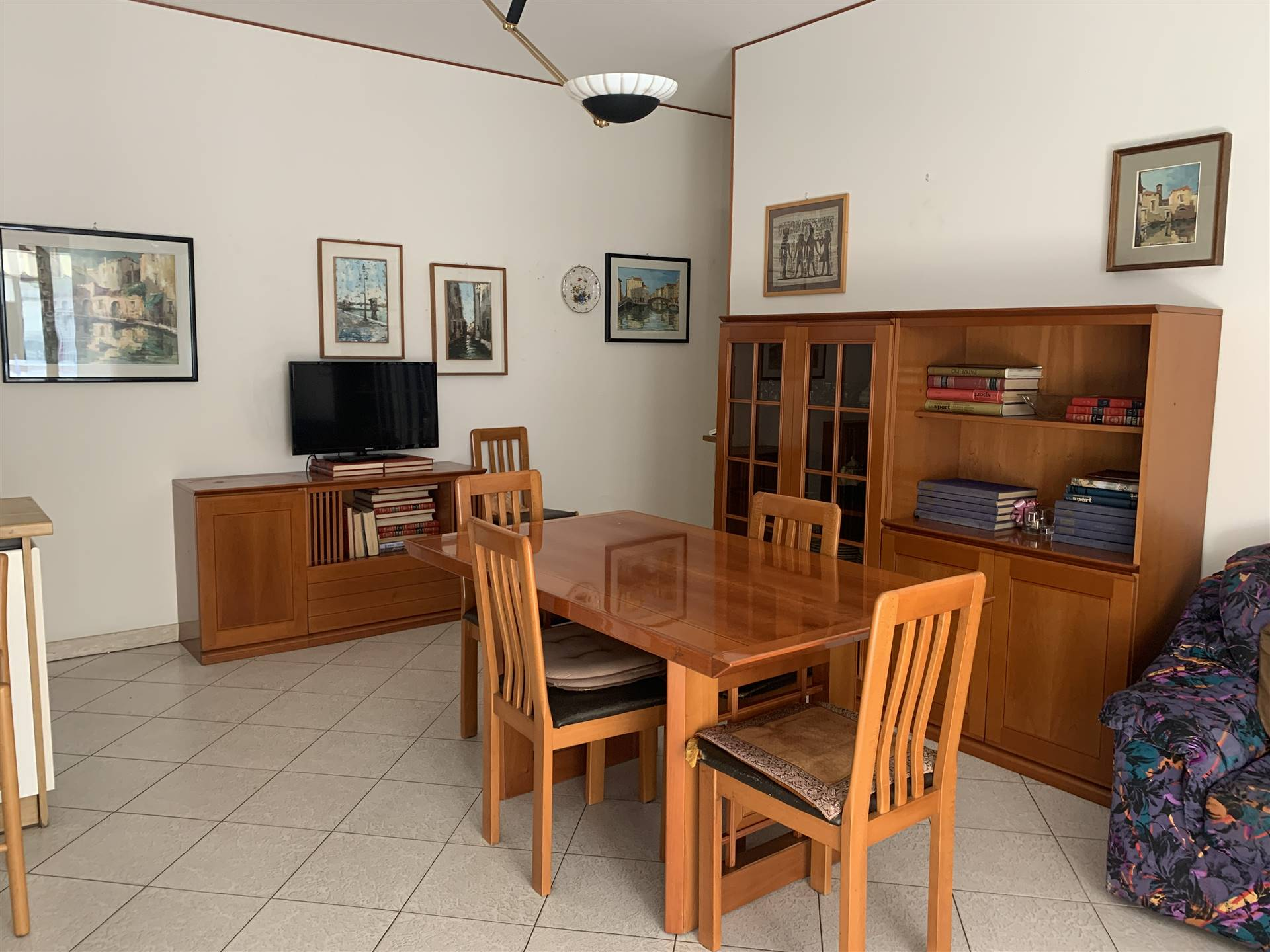 SOTTOMARINA, CHIOGGIA, Apartment for sale of 60 Sq. mt., Habitable, Heating Individual heating system, Energetic class: G, placed at 2°, composed by: