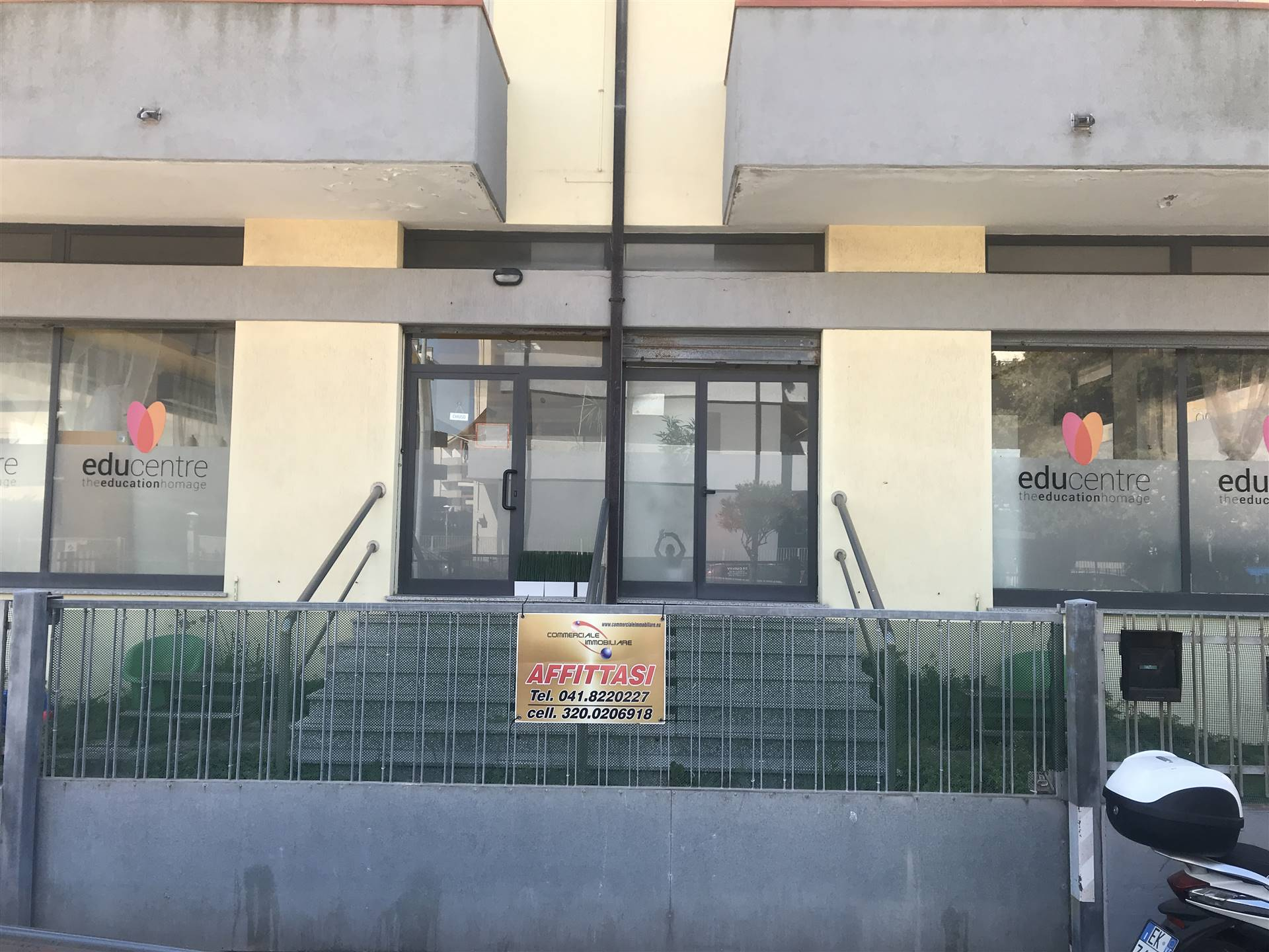 SOTTOMARINA, CHIOGGIA, Shop for rent of 160 Sq. mt., Good condition, Heating Individual heating system, Energetic class: G, placed at Raised on 4,
