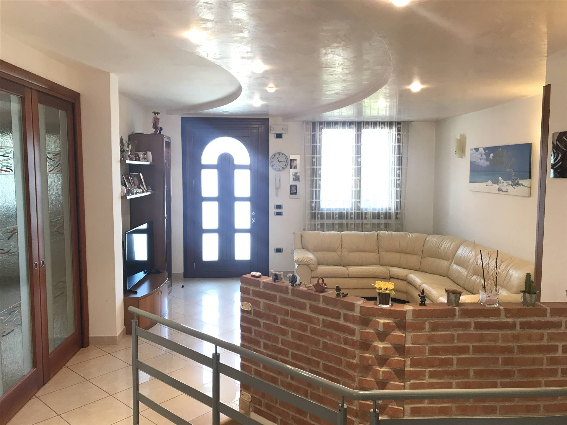 VALLI, CHIOGGIA, Detached house for sale of 200 Sq. mt., Good condition, Heating Individual heating system, Energetic class: G, placed at Raised,
