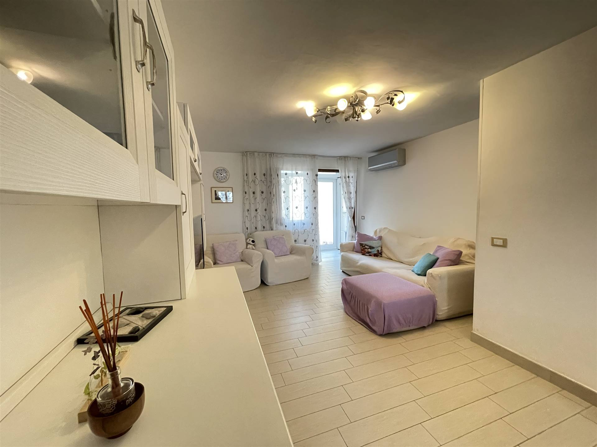 BRONDOLO, CHIOGGIA, Apartment for sale of 90 Sq. mt., Restored, Heating Individual heating system, placed at Ground on 2, composed by: 3.5 Rooms,