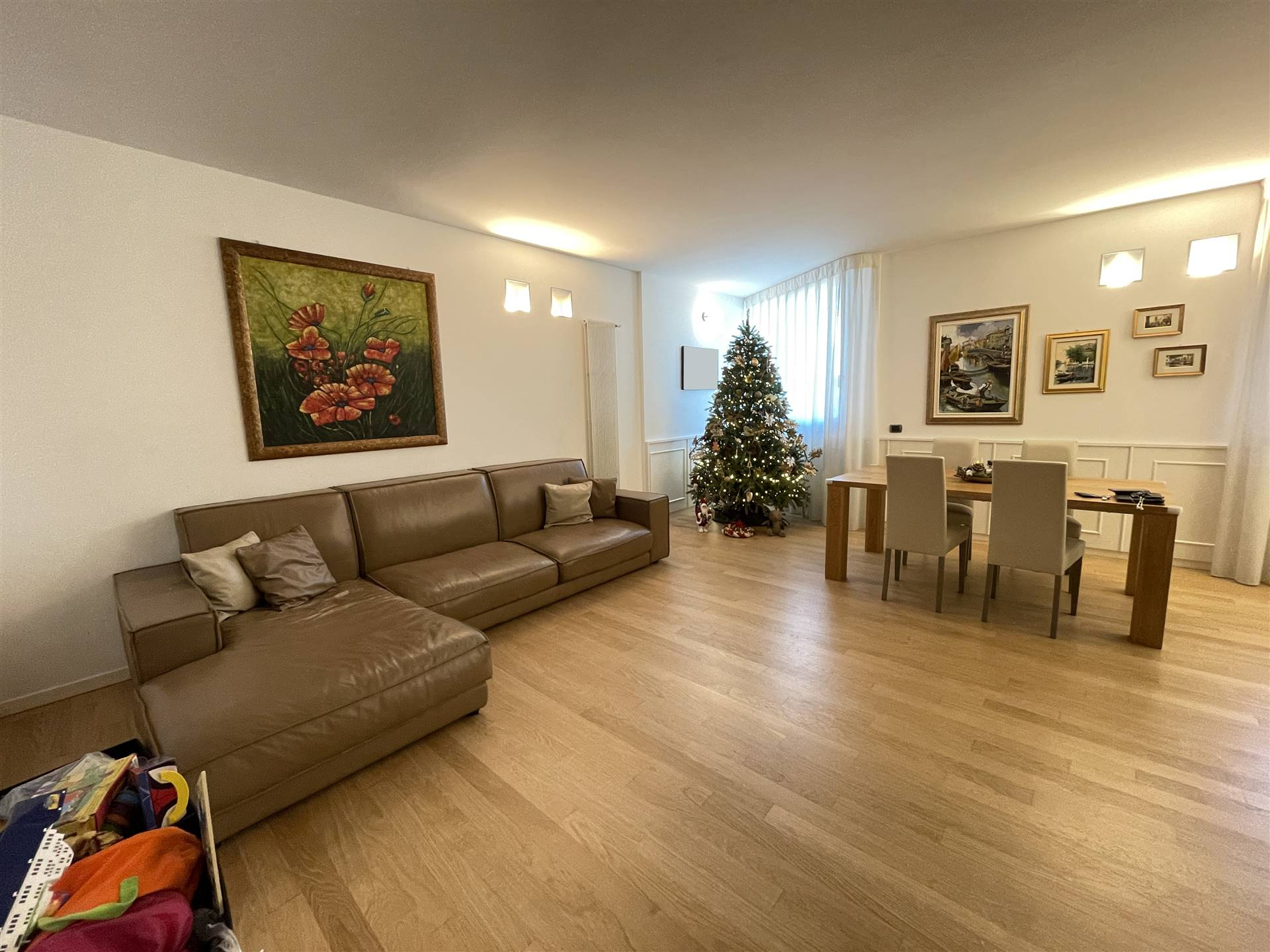SOTTOMARINA, CHIOGGIA, Apartment for sale of 100 Sq. mt., Excellent Condition, Heating Individual heating system, Energetic class: B, placed at 4° on
