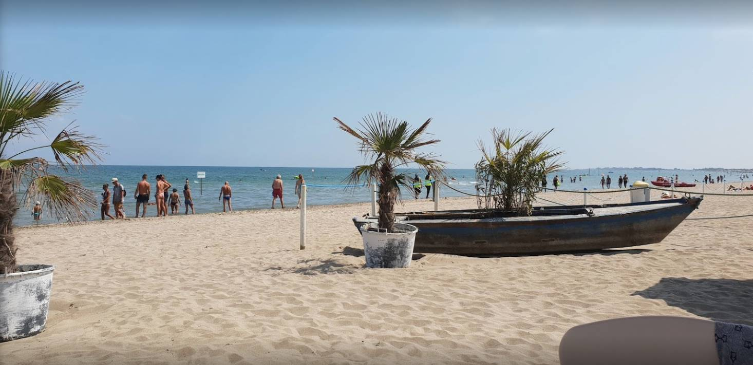 SOTTOMARINA, CHIOGGIA, Beach resort for sale of 13500 Sq. mt., Excellent Condition, Heating Non-existent, Energetic class: G, placed at Ground,