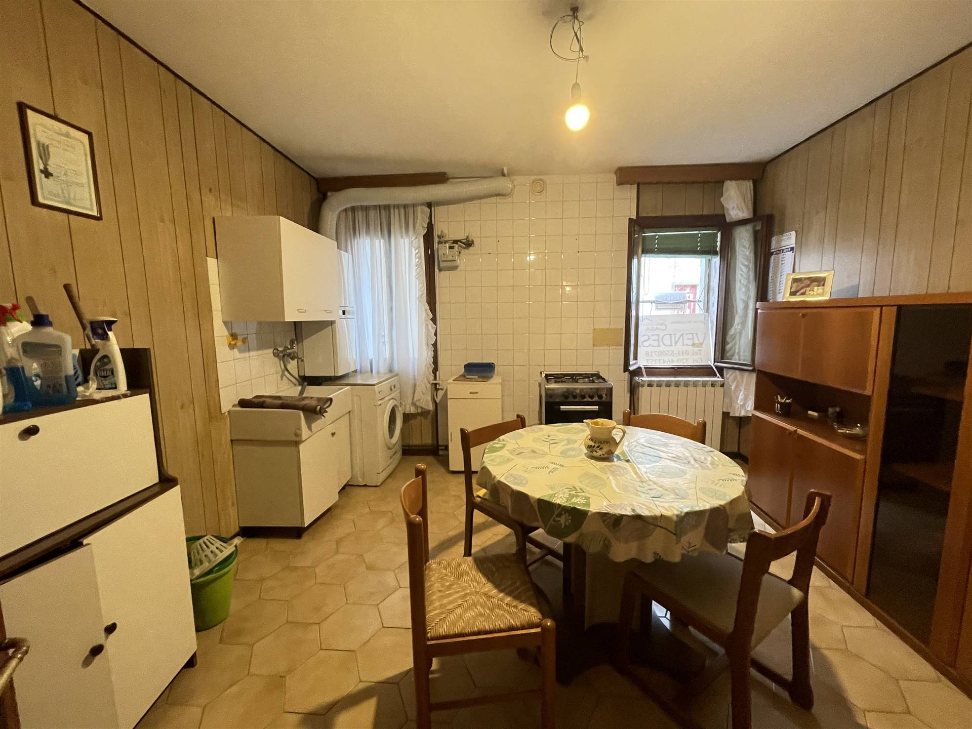 CHIOGGIA CENTRO, CHIOGGIA, Detached house for sale of 100 Sq. mt., Good condition, Heating Individual heating system, Energetic class: G, placed at